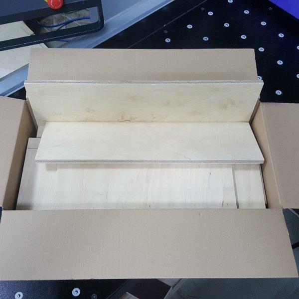 Reste gemischt Multiplexplatten in den Stärken 3 - 5mm Holz Zuschnitt für Bastler