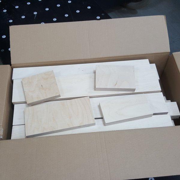 Reste Brettchen Multiplex Holz 12mm-30mm stark Sperrholz Multiplexplatten Brett Zuschnitte