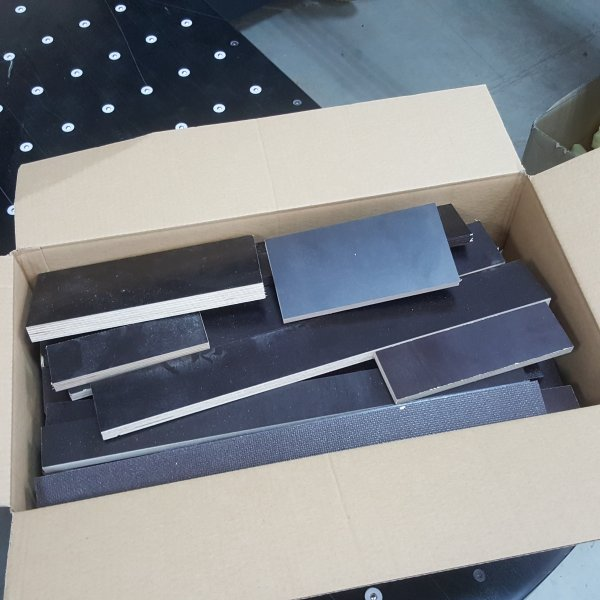 Reste Brettchen Siebdruck Holz 12mm-30mm stark Sperrholz Multiplexplatten Brett Zuschnitte