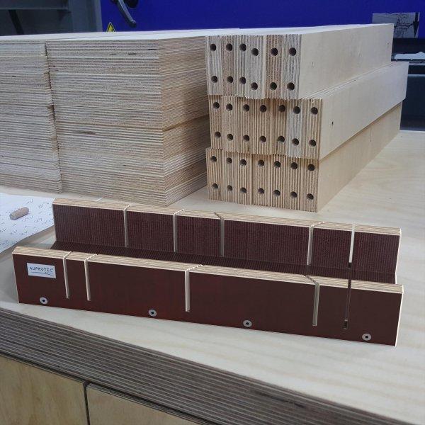 Schneidlade 400 x 135 x 68 mm Multiplex Birkenholz beschichtet Siebdruck